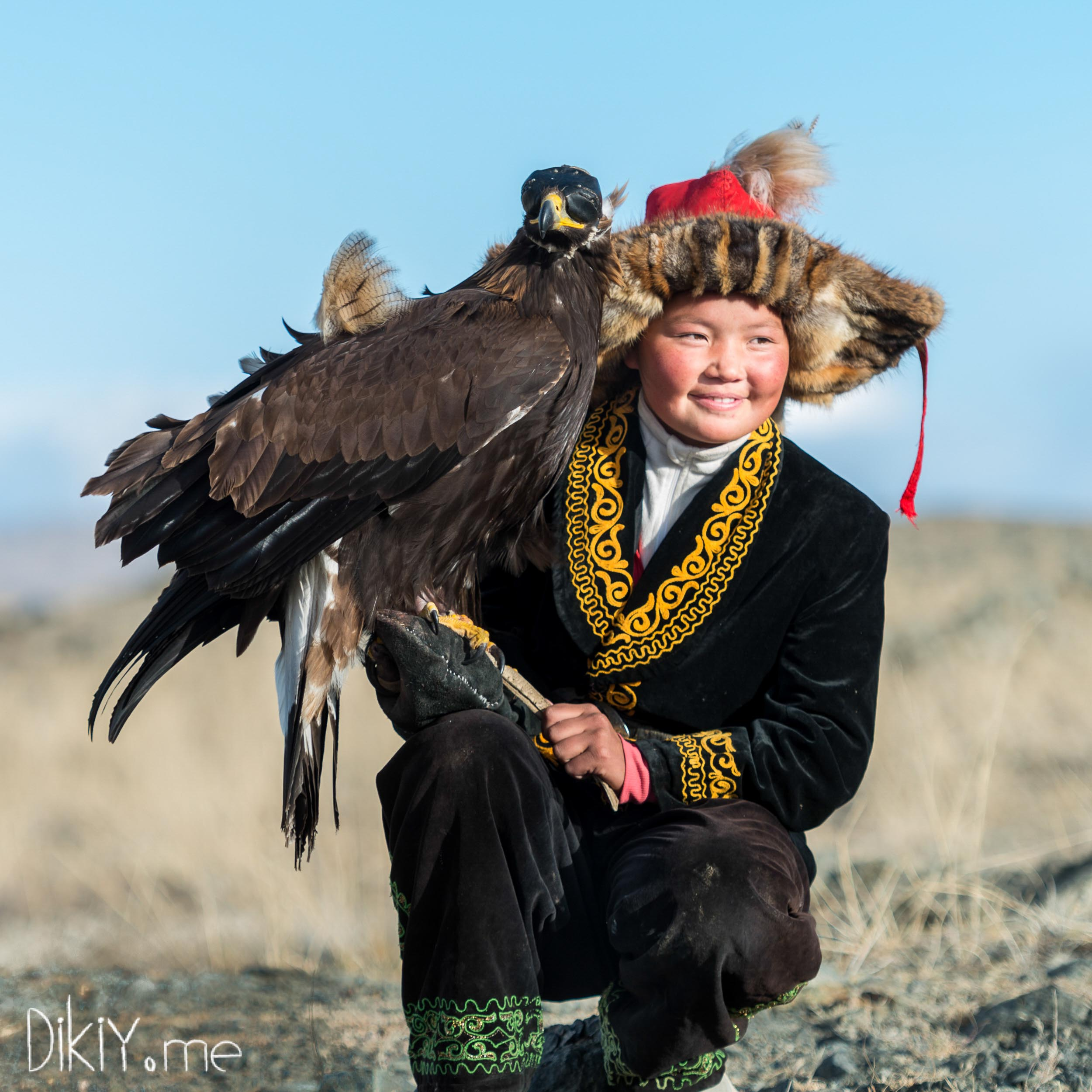 How the Mongolian girls are turned into famous acrobats